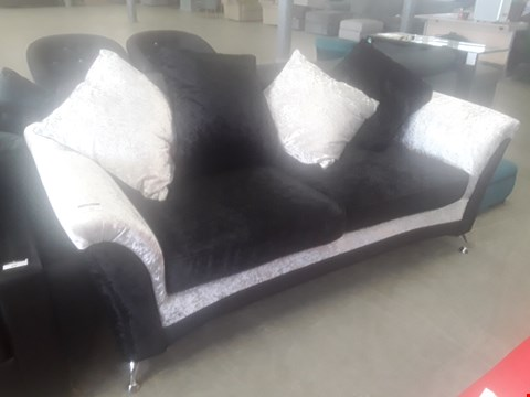 Lot 70 DESIGNER BLACK / SILVER CRUSHED VELVET THREE SEATER SOFA WITH SCATTER CUSHIONS RRP £499.99