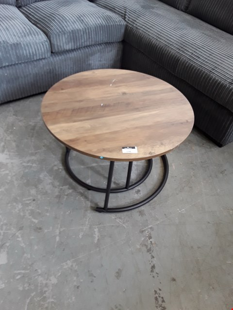 Lot 138 DESIGNER RUSTIC WOOD EFFECT NEST OF TWO COFFEE TABLES