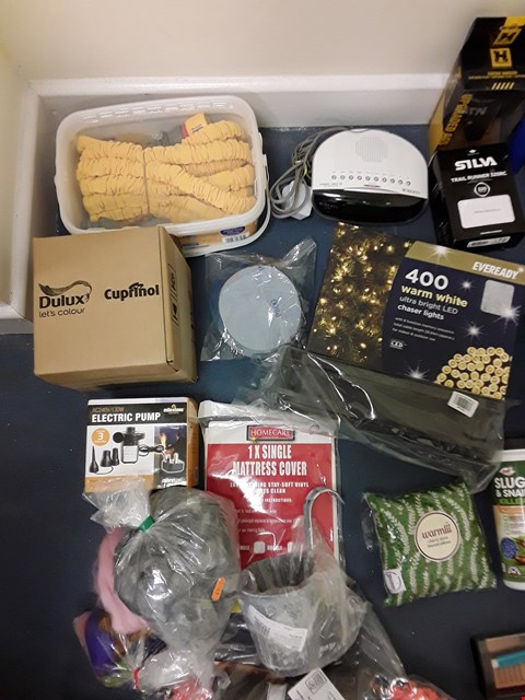 Lot 8021 CAGE OF A SIGNIFICANT QUANTITY OF ASSORTED UNPROCESSED HOUSEHOLD ITEMS