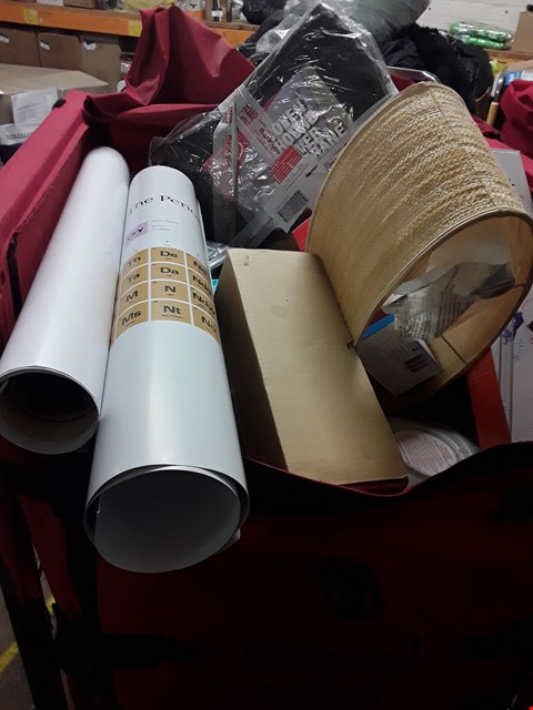 Lot 8191 CAGE OF UNPROCESSED ASSORTED HOUSEHOLD ITEMS, INCLUDING, HONEYWELL WIRELESS DOORBELL, WEED BARRIER MEMBRAINE, FISH TANK GRAVEL CLEANER,