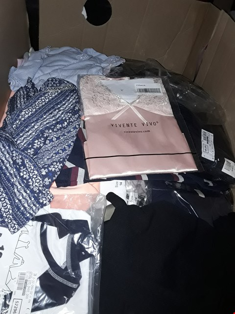 Lot 223 CAGE OF UNPROCESSED ASSORTED ADULT DESIGNER CLOTHING. (CAGE NOT INCLUDED)