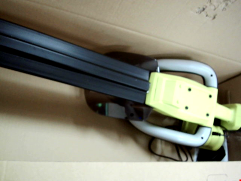 Lot 120 RYOBI ONE+ 18V HEDGE TRIMMER