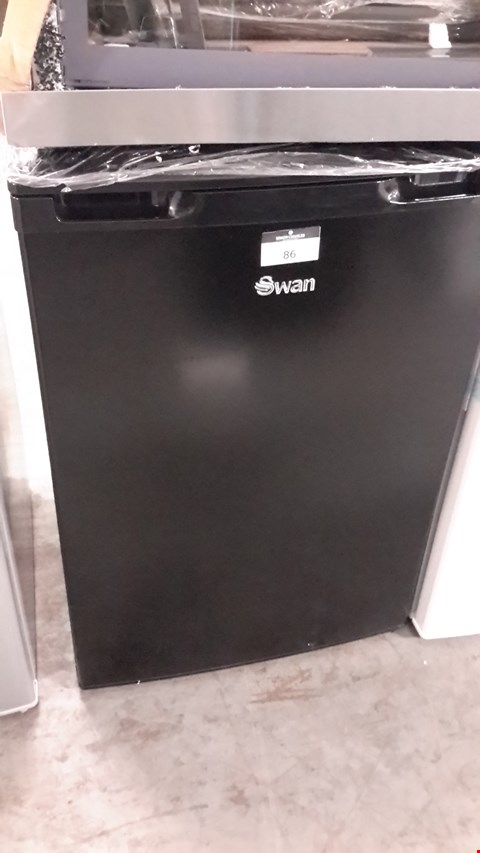Lot 86 SWAN BLACK UNDER COUNTER FREEZER SR70180B RRP £149.99
