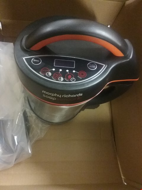 Lot 9535 MORPHY RICHARDS SOUP & SMOOTHIE MAKER