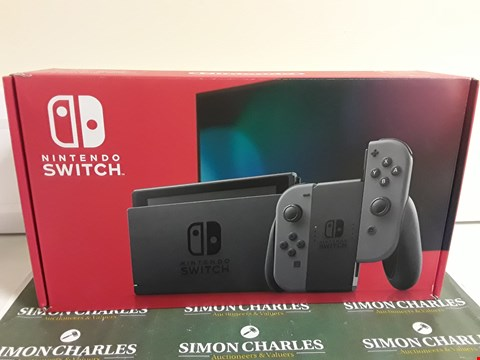 Lot 2395 NINTENDO SWITCH GREY GAMES CONSOLE