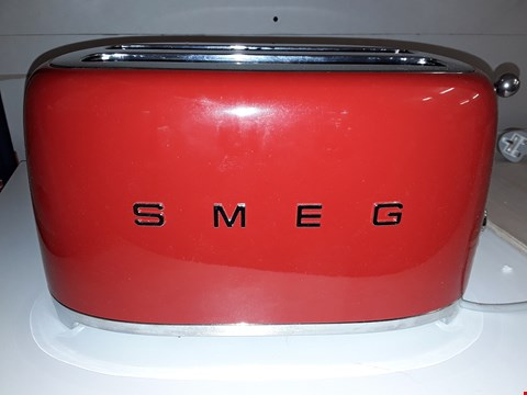 Lot 90 SMEG 4 SLICE TOASTER IN RED RRP £209.00
