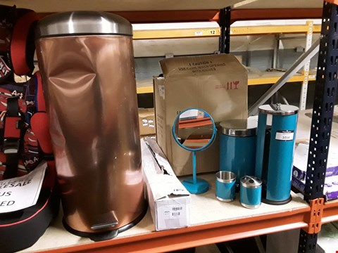 Lot 10083 3 ITEMS TO INCLUDE 6 PIECE TEAL BATHROOM ACCESSORY SET, 2 IN 1 SPRAY MOP AND COPPER STEEL PEDAL BIN