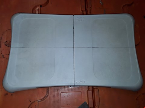 Lot 432 LOT OF 3 NINTENDO WII BALANCE BOARDS
