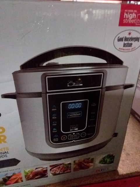 Lot 1136 PRESSURE KING SC-40S DIGITAL PRESSURE COOKER