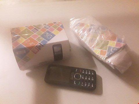 Lot 4095 TWO ALCATEL ONETOUCH MOBILE PHONES