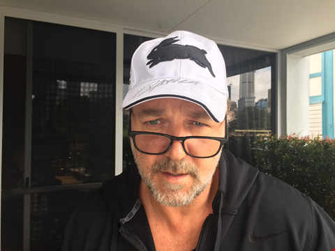 Lot 27 RUSSELL CROWE SOUTH SYDNEY RABBITOHS HAT