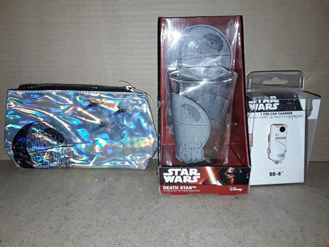 Lot 208 LOT OF 3 BRAND NEW STAR WARS ITEMS TO INCLUDE BOXED BB-8 USB CAR CHARGER, DEATH STAR PENCIL CASE AND BOXED DEATH STAR GLASS WITH COASTERS