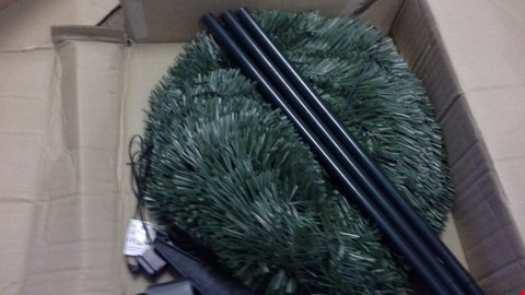 Lot 358 6FT PRE LIT POP UP CHRISTMAS TREE GREEN  RRP £75.00