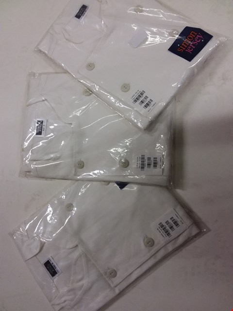 Lot 499 A LOT OF APPROXIMATELY 6 WHITE CHEF JACKETS