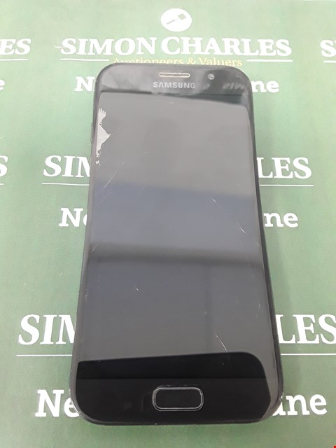 Lot 11 SAMSUNG A5 BLACK MOBILE PHONE