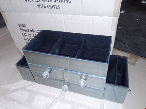 Lot 154 BOXED MIRRORED DRESSING TABLE ORGANISER
