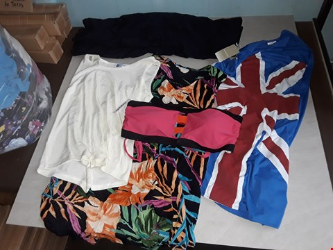 Lot 31 BAG OF APPROXIMATELY 35 ASSORTED CLOTHING ITEMS TO INCLUDE IN THE STYLE OF SIMPLY BE, UNION JACK DRESS, ANTHOLOGY