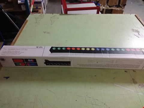 Lot 7346 QTX 24 X 3W RGB DMX LED SOUND BAR