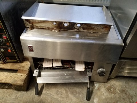 Lot 83 FALCON SX SERIES COMMERCIAL GAS GRILL