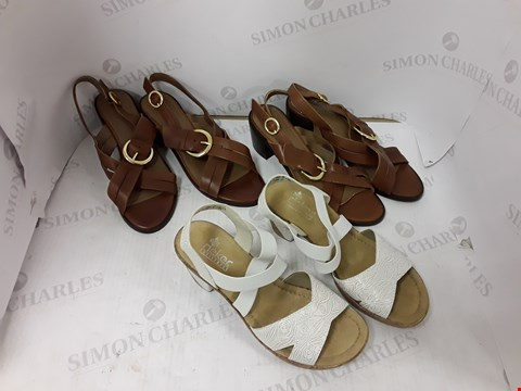 Lot 904 LOT OF APPROXIMATELY 6 AS5ORTED DESIGNER FOOTWEAR ITEMS TO INCLUDE RIEKER AND MONSOOM