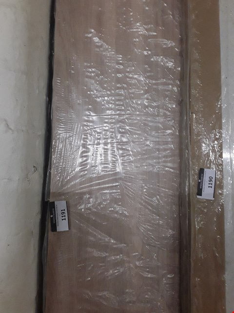 Lot 1191 APPROX. 12MM WOOD-EFFECT WORKTOP APPROXIMATELY 3M