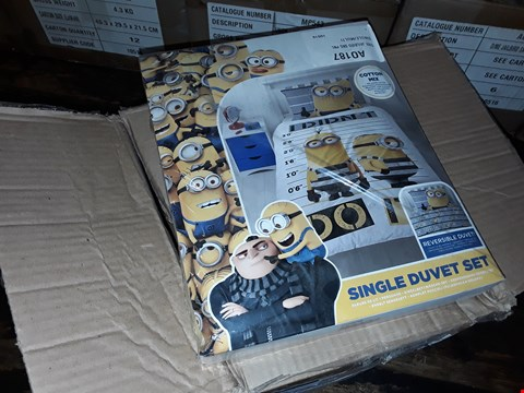 Lot 39 4 BOXES TO AMOUNT TO APPROXIMATELY 19 DESPICABLE ME JAILBIRD SINGLE DUVET SETS