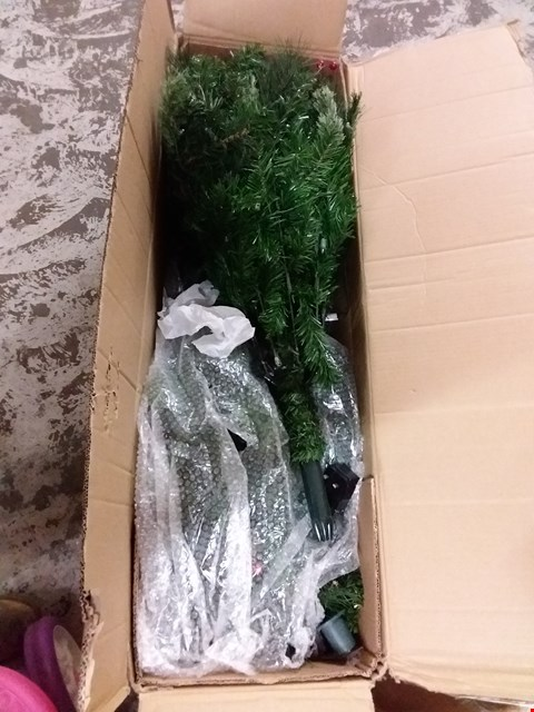 Lot 82 BOXED 6FT PRE LIT BROOKFIELD TREE RRP £200