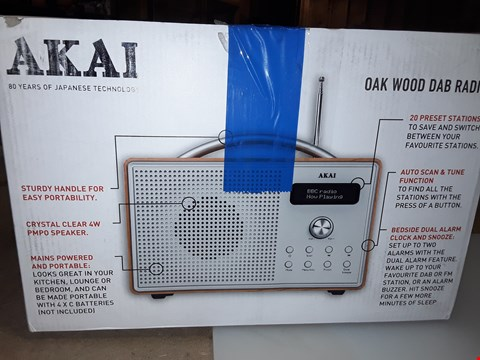 Lot 280 AKAI OAK WOOD DAB RADIO