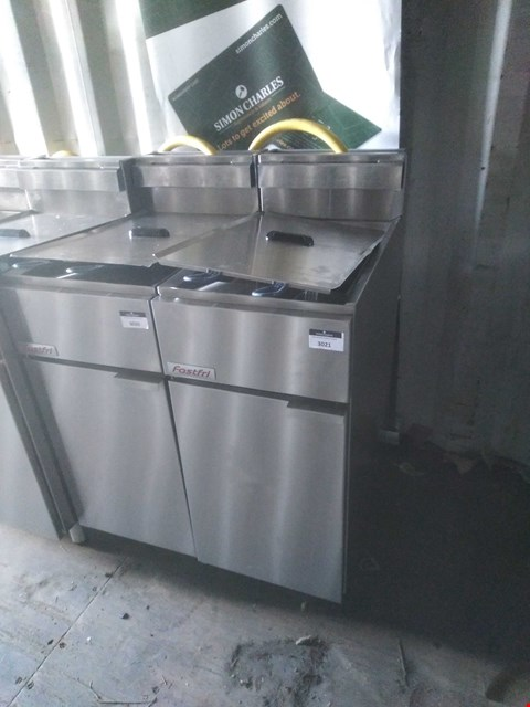 Lot 3021 FAST FRI FF18 DEEP FAT FRYER