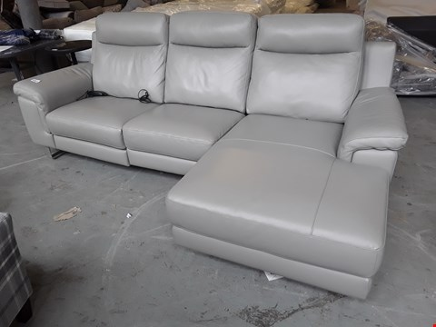 Lot 106A QUALITY ITALIAN DESIGNER GREY LEATHER POWER RECLINING CHAISE SOFA