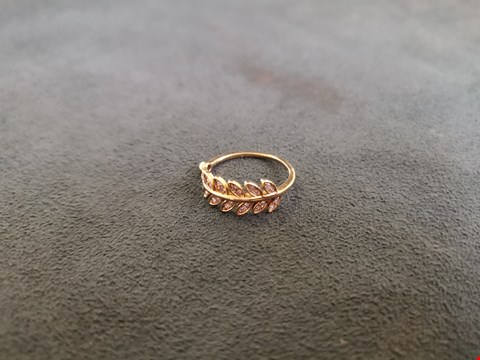 Lot 64 18CT YELLOW GOLD LEAF RING SET WITH DIAMONDS WEIGHING + 0.21CT  RRP £1460.00