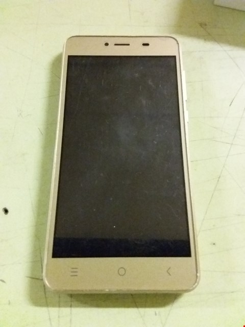 Lot 493 BOXED STK LIFE 7 SMARTPHONE - GOLD