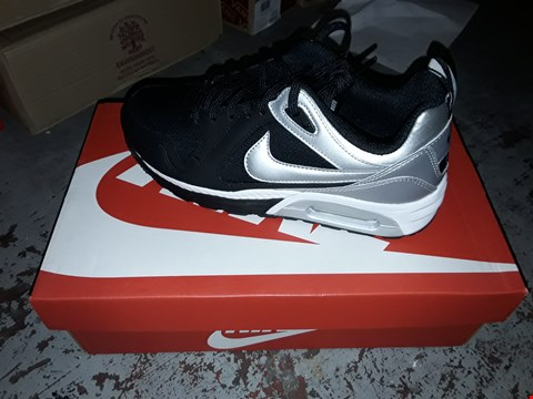 Lot 2048 LOT OF 4 BRAND NEW NIKE AIR MAX TRAX TRAINERS SIZE 4.5 RRP £200