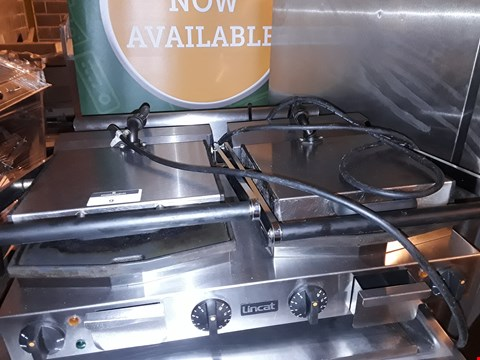 Lot 9 LINCAT DOUBLE ELECTRIC PANINI/CONTACT GRILL