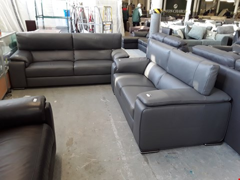 Lot 1 QUALITY ITALIAN DESIGNER GREY LEATHER 2 AND 3 SEATER SOFAS WITH ADJUSTABLE HEADRESTS