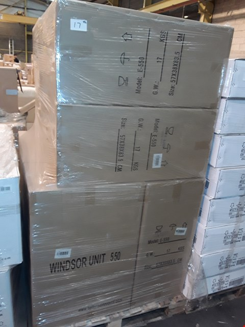 Lot 17 PALLET CONTAINING 9 BOXED 55CM WHITE GLOSS WINDSOR UNITS - E-550