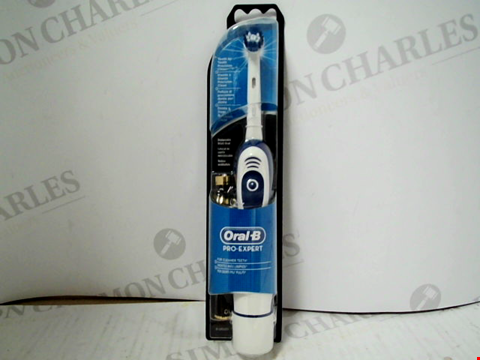 Lot 11023 ORAL-B PRO-EXPERT ELECTRIC TOOTHBRUSH
