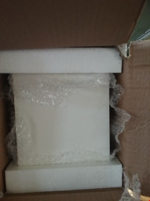 Lot 120 4 BOXES CONSISTING OF 48 WHITE WOODEN BOXES