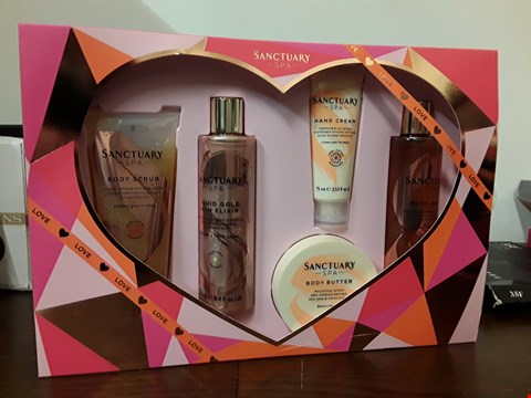 Lot 7007 SANCTUARY SPA INDULGENCE BOX GIFT SET