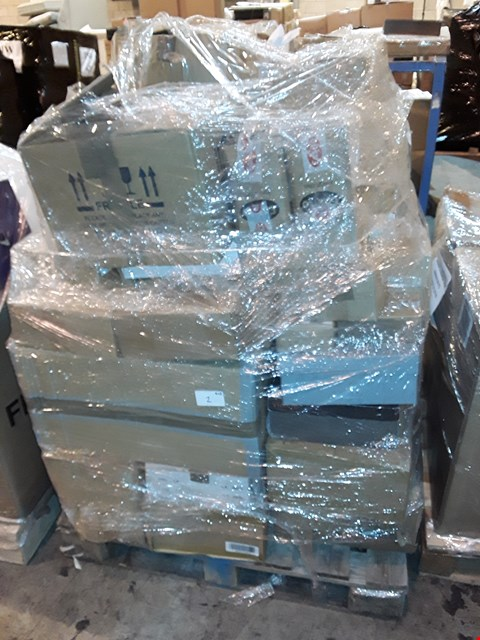 Lot 2 PALLET OF APPROXIMATELY 201 ASSORTED BEAUTY, SHOE AND ACCESSORY ITEMS, TO INCLUDE: