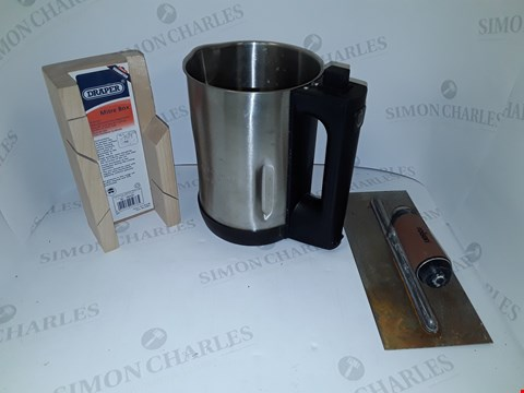 Lot 7156 BOX OF ASSORTED HOUSEHOLD ITEMS AND PARTS TO INCLUDE DRAPER MITRE BOX, MORPHY RICHARDS 501014 SOUP MAKER (BODY ONLY), ROBSON FINISHING TOOL ETC