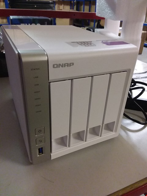 Lot 72 QNAP TS-431P2-1G DESKTOP SERVER