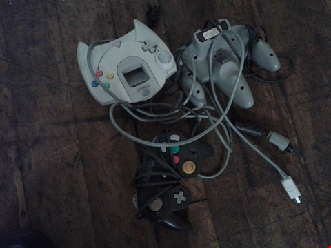 Lot 4810 3 ASSORTED DREAMCAST CONTROLLERS