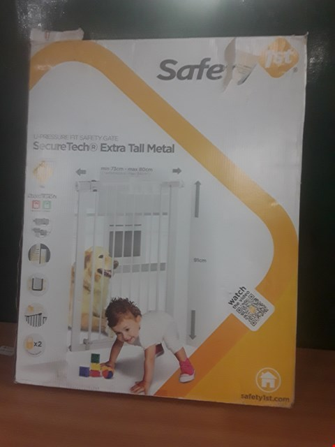 Lot 100 BOXED SECURETECH SAFETY GATE