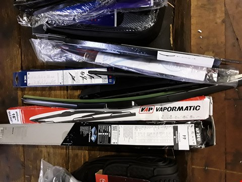 Lot 44 ASSORYED WIPER BLADES & ARMS