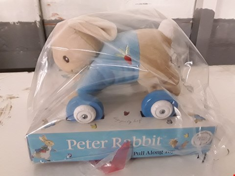 Lot 589 GRADE 1 PERSONALISED PETER RABIT PULL ALONG TOY  RRP £38