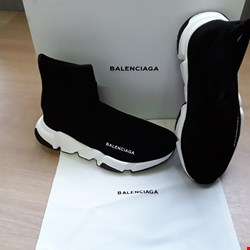 Lot 6011 BOXED BALENCIAGA BLACK SHOES SIZE 37