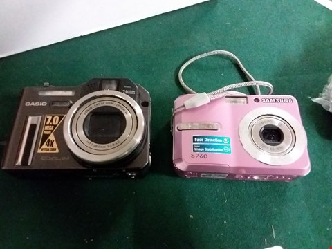 Lot 404 LOT OF 2 CAMERAS TO INCLUDE SAMSUNG S760, CASIO EXILIM EX-P700 WITH ACCESSORIES (LOT 14)