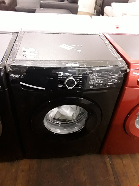 Lot 6 SWAN SW15820B BLACK WASHING MACHINE  RRP £279.99