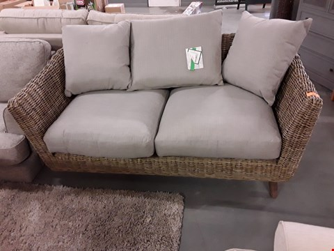 Lot 116 QUALITY BRITISH DESIGNER RATTAN TWO SEATER SOFA WITH NATURAL FABRIC CUSHIONS